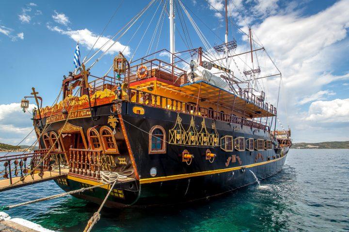 Hanioti tours excursion Athos cruise (4)
