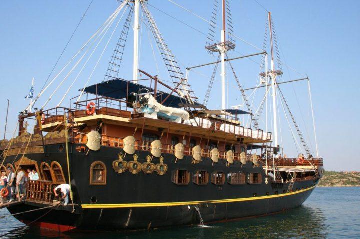 Hanioti tours excursion Athos cruise (9)